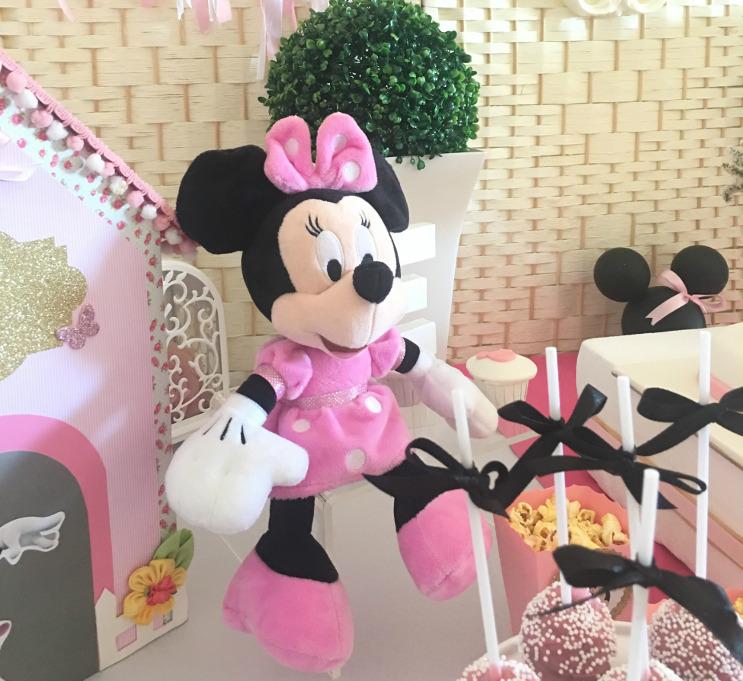 Minnie e o 1º Aniversário da Ema